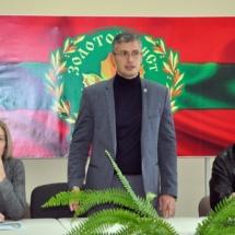 Юрий Молдовский принял участие в литературных чтениях «Золотой лист» (1)