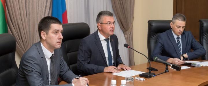 Вячеслав Фролов принял участие в селекторном совещании с Главой государства