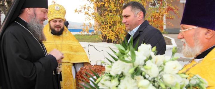 Владыка Савва освятил храм в селе Большой Молокиш