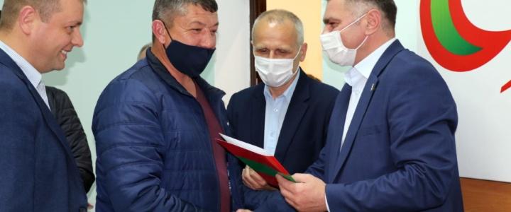 Глава госадминистрации поздравил обновленцев с днём образования партии