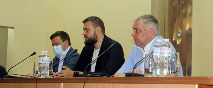 В Рыбнице состоялась встреча кандидата в депутаты Госдумы РФ Артема Турова с жителями Рыбницкого района и города Рыбницы
