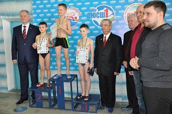 Более 300 спортсменов  участвуют в первенстве Рыбницы по плаванию