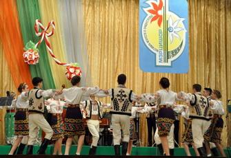 Концертом молдавской музыки открыли фестиваль «Мэрцишор 2017» в Рыбнице