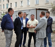 Вячеслав Фролов посетил строительную площадку школы №6