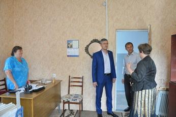 Вячеслав Фролов ознакомился с условиями труда сотрудников аппарата МУ «Управление культуры»