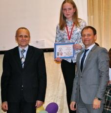 Вячеслав Фролов поприветствовал участников турнира по пауэрлифтингу
