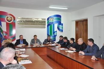 Вячеслав Фролов провёл совещание с руководителями учреждений и предприятий