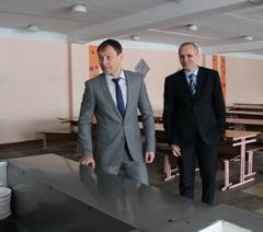 Глава госадминистрации посетил общеобразовательную школу № 9