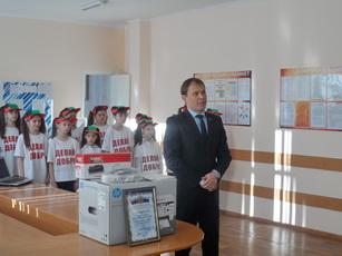 Рыбницкие образовательные учреждения получили в дар от Посольства РФ  оргтехнику