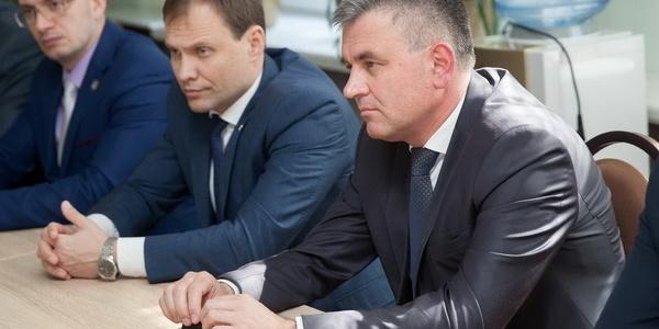 Вадим Красносельский встретился с руководством теоретического лицея «Эврика», обучение в котором ведется на румынском языке