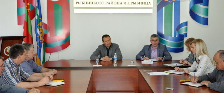 Глава госадминистрации встретился с представителями общественности