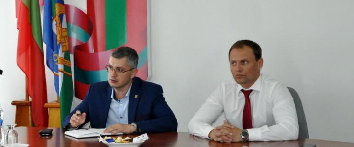 Актуальные для города проблемы Вячеслав Фролов обсудил с общественниками