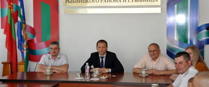 Вячеслав Фролов встретился с курсантами образовательных учреждений силовых структур
