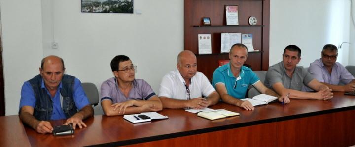 Глава госадминистрации провёл еженедельное аппаратное совещание