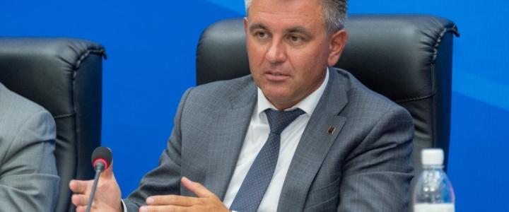Вадим Красносельский провел совещание с участием глав государственных администраций