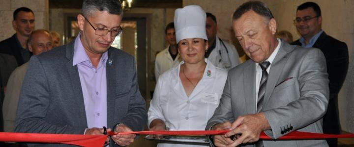 В Рыбницкой центральной районной больнице состоялось торжественное открытие переходной галереи и лифта