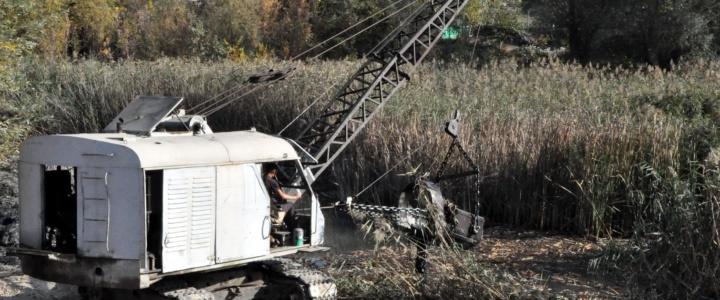 В Северной столице идут работы по санации русла реки Сухая Рыбница