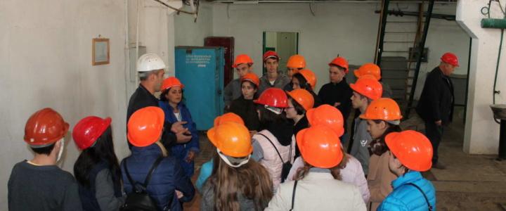Рыбницкие школьники познакомились с работой теплоснабжающего предприятия