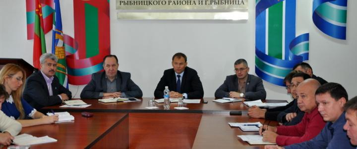 В госадминистрации состоялось еженедельное аппаратное совещание под руководством главы Вячеслава Фролова