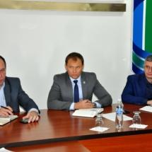Вячеслав Фролов провёл совещание с руководителями государственных и муниципальных служб (1)