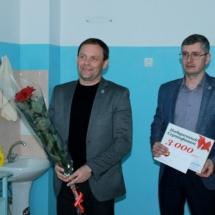 Вячеслав Фролов посетил семьи, в которых в праздничные дни появились новорожденные (1)