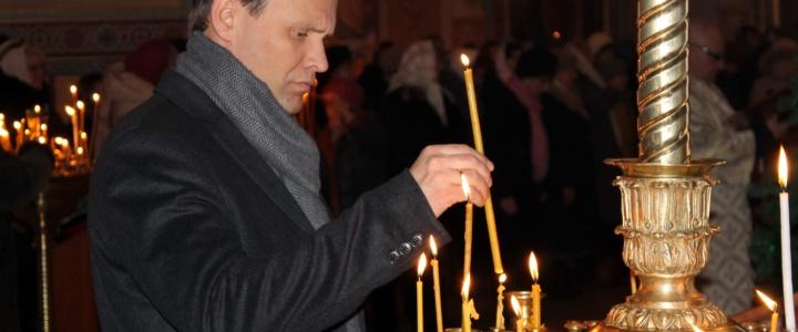 Вячеслав Фролов посетил Рождественскую службу