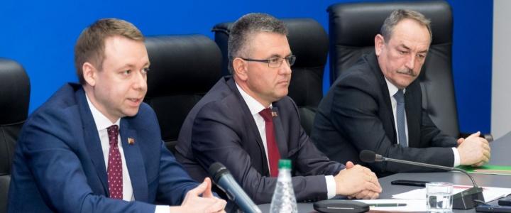 Вячеслав Фролов принял участие в расширенном совещании с руководством республики