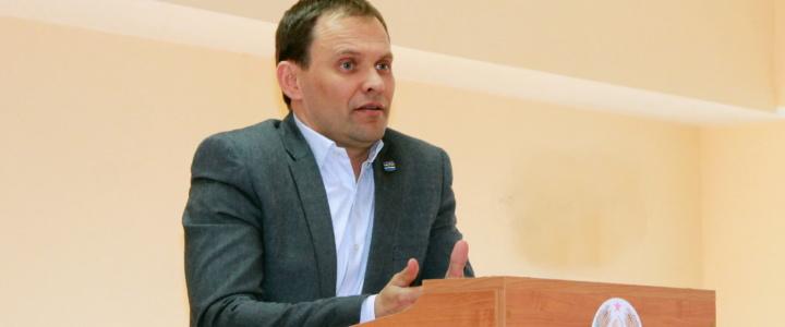 Вячеслав Фролов принял участие в итоговом совещании районной больницы