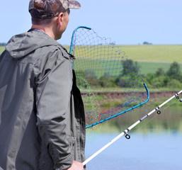 С 15 апреля установлен запрет на ловлю рыбы