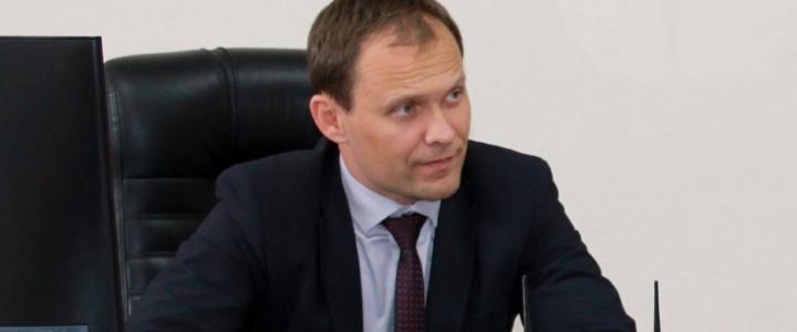 Вячеслав Фролов провел приём граждан