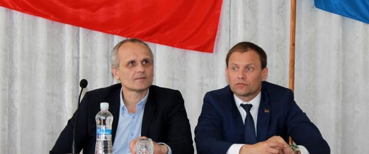 Вячеслав Фролов принял участие во внеочередной сессии горрайcовета