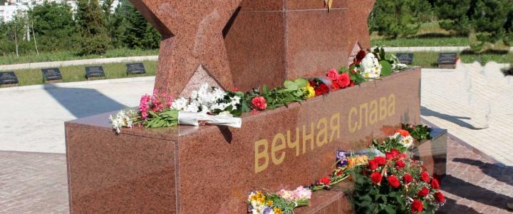 Рыбничане возложили цветы в знак памяти о ветеранах боевых действий