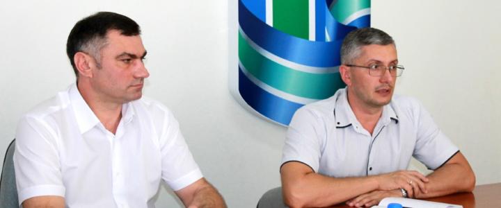 Виктор Тягай пообщался с представителями общественных организаций
