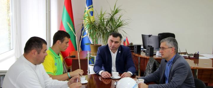 Виктор Тягай пообщался с юным рыбничанином, который накануне вернулся с  международного детского центра «Артек»