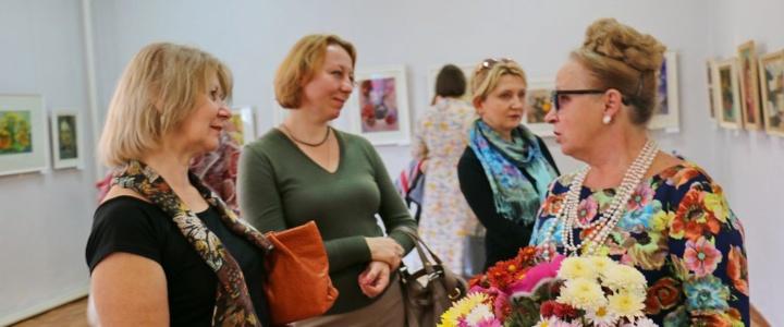В картинной галерее открыта выставка рыбницкой художницы