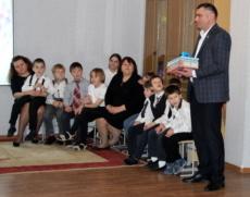 Виктор Тягай посетил коррекционную школу-детский сад