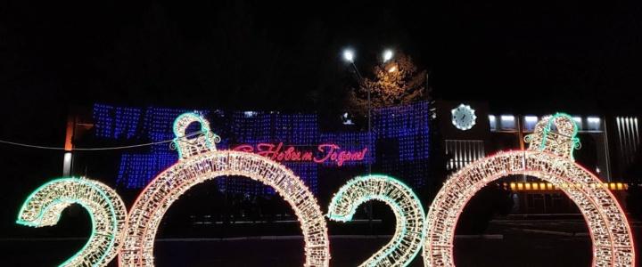 Новогоднее оформление рыбницкой площади Победы признано лучшим в республике
