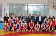 Глава госадминистрации поприветствовал борцов международного турнира