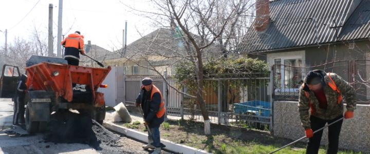 Дорожные работы в городе осуществляются по плану