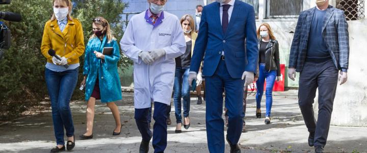 Александр Мартынов посетил медучреждения Рыбницы, которые будут задействованы в борьбе с COVID-19