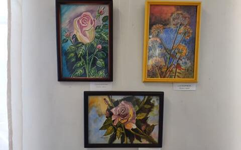 В картинной галерее открылась выставка художницы Лилии Мининой