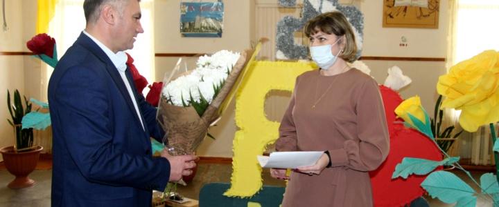Рыбницкой украинской школе 25 лет