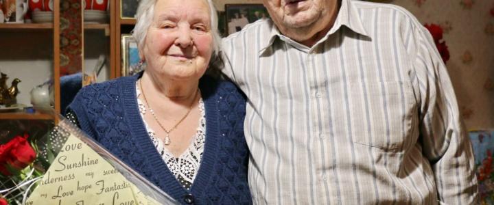 Глава госадминистрации поздравил супружескую пару рыбничан с 65-летием со дня свадьбы